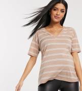 ASOS DESIGN Maternity - sandfarvet t-shirt i hørmix med v-hals og striber-Lyserød